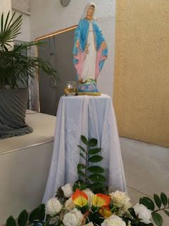 Imagem de Nossa Senhora das Graças na sede do DJC Antônio Bezerra.