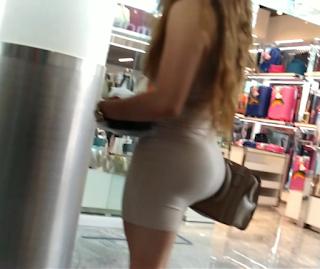 Video hermosa mujer madura nalgona vestido