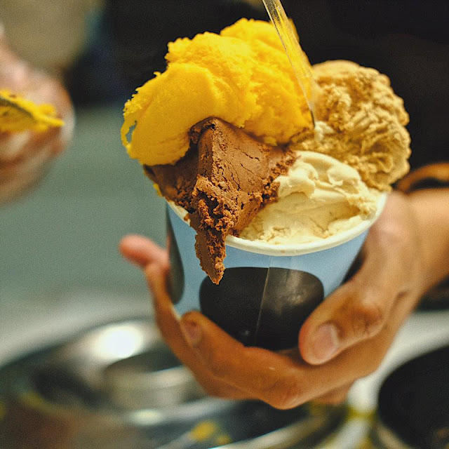 Mango and Chocolate Gelato