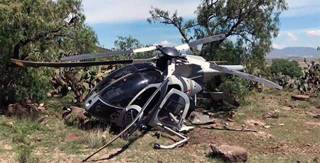 Cuando no los tumban se caen solos, un helicóptero MD-530F de la Fuerza Aérea Mexicana se estrena en Nopalera cerda de base Militar