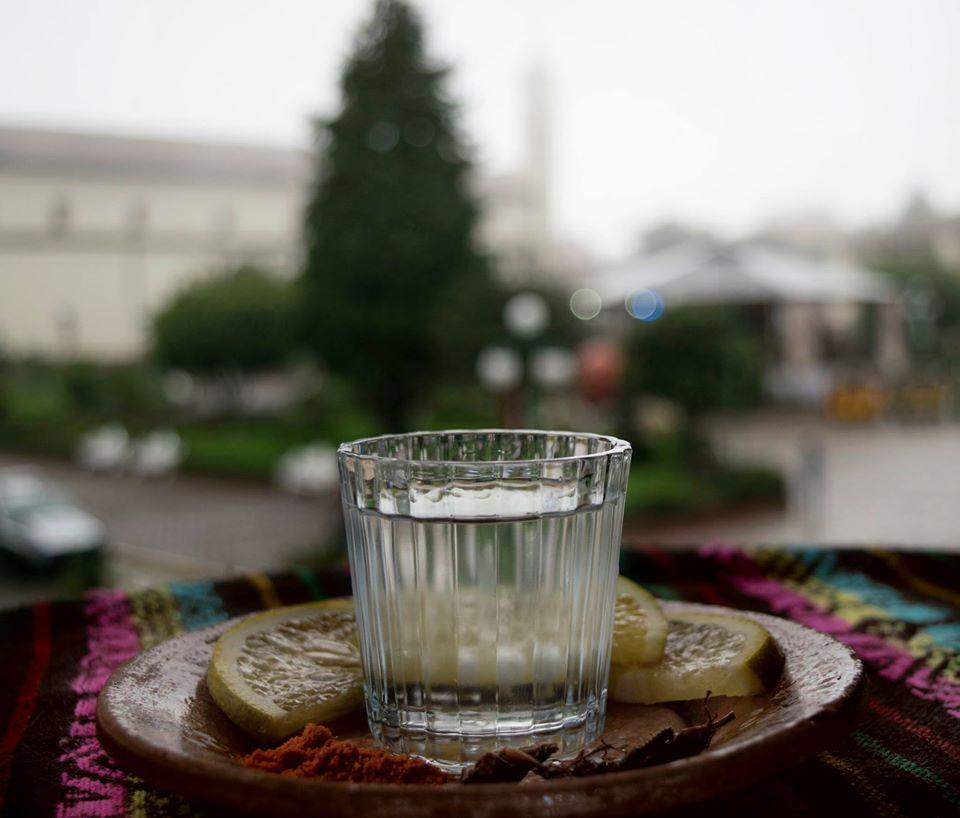 Reglas de oro que necesitas saber para tomar un mezcal en Zacatlán
