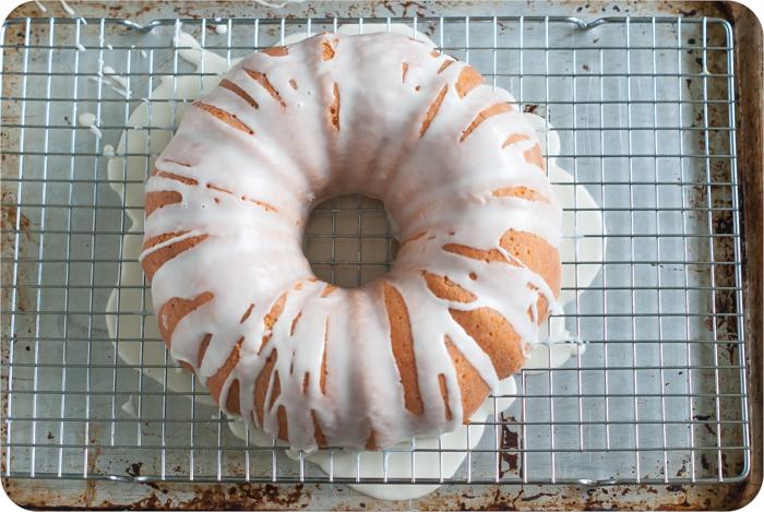 ginger ale bundt cake