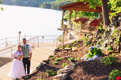 Bridal Cave & Thunder Mountain Park weddings, Lake of the Ozarks, Lindsey Webster Photography