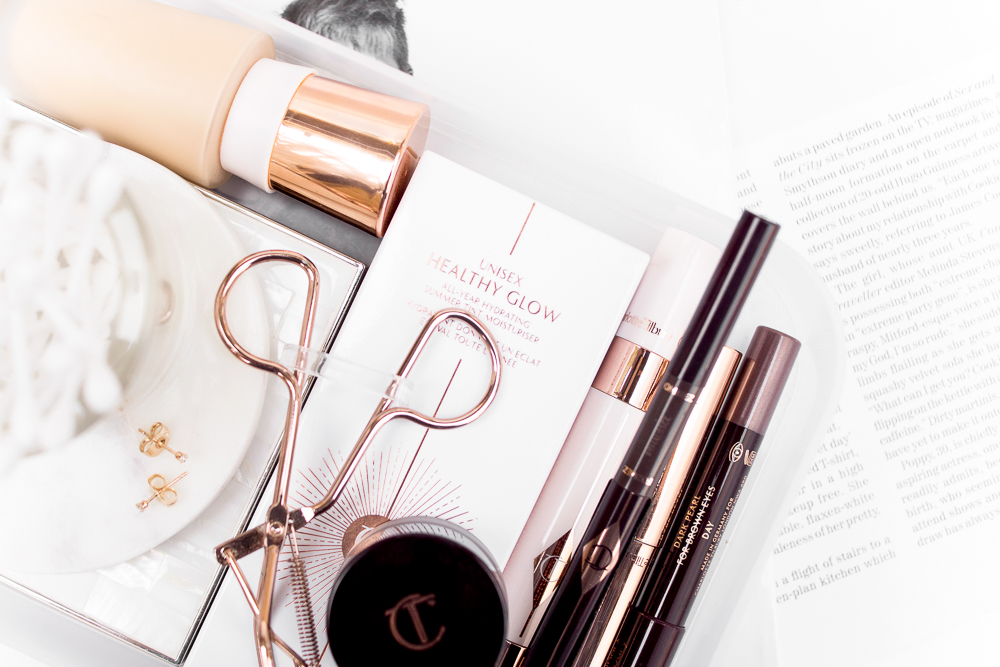 charlotte-tilbury-unisex-healthy-glow-review-beauty-lifestyle-flatlay-photography