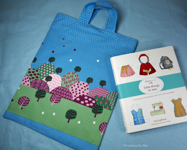Sewing library bags - book bags - for charity. Tutorial by Threading My Way