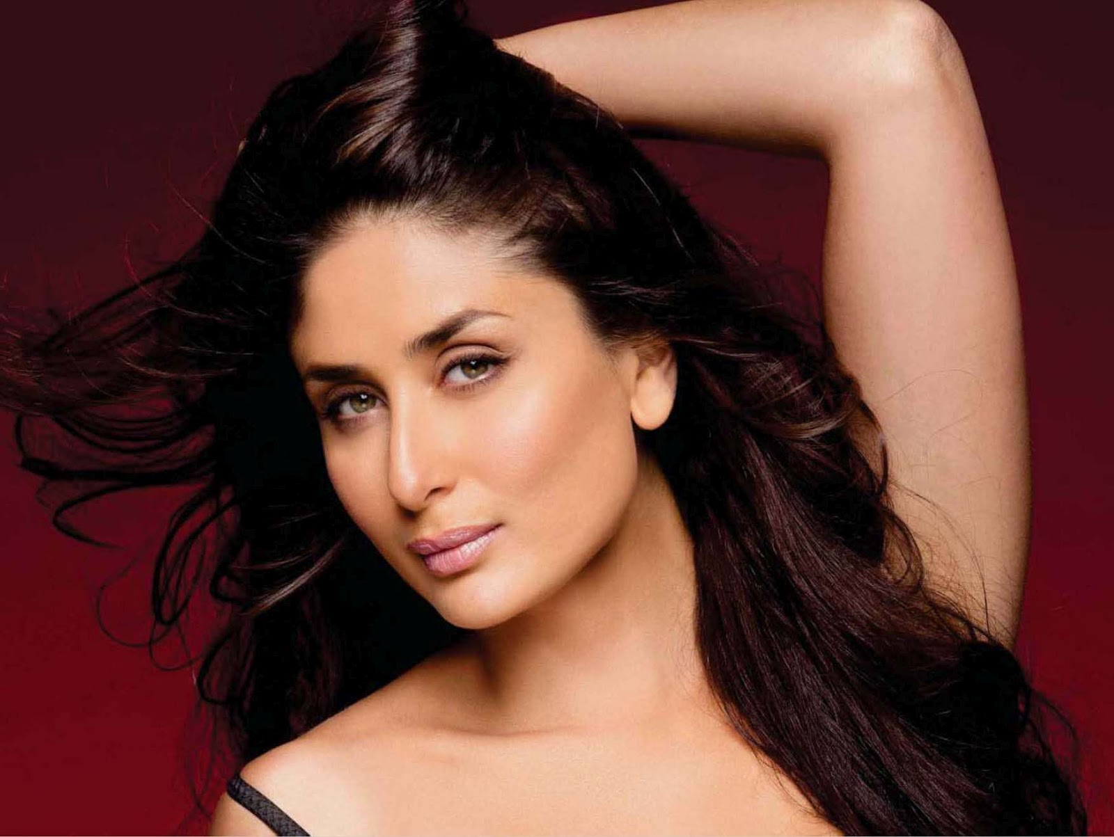 Bollywood Actresses In Maxim: Kareena Kapoor Maxim(India) Magazine September 2012 Hot