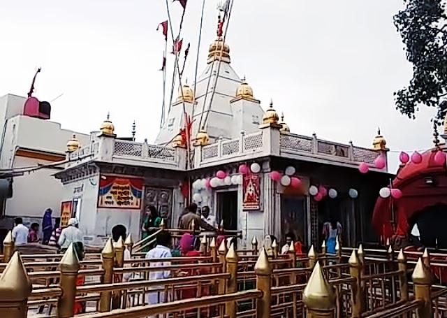 Naina Devi Temple.