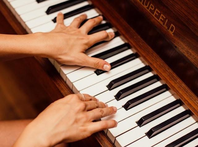 Belajar musik orang dewasa