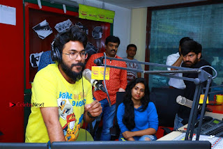 Sanjeev Chetana Uttej at Pichiga Nachav Song Launch at Radio Mirchi Pos  0007.jpg