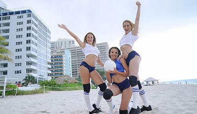 [BFFs] – Sierra Nicole, Nicolette Love, Eve Ellewood (Volleyballin )
