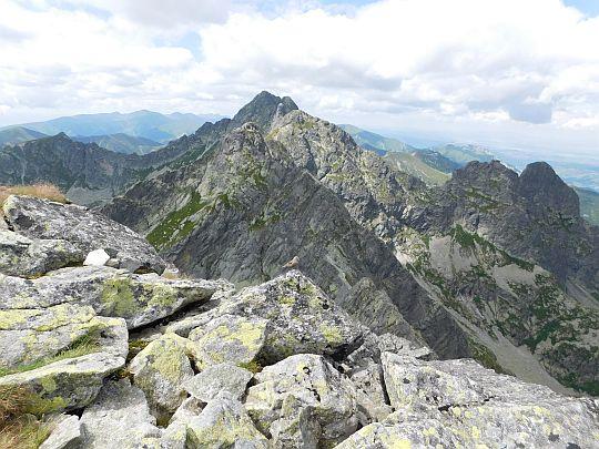 Widok z Kozich Czubów na zachód.
