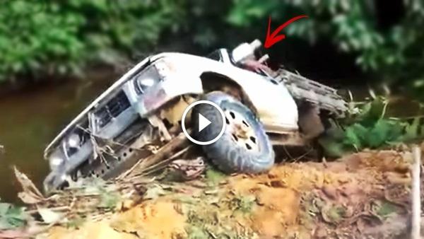 carro cai no barranco com homem dentro