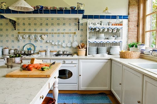 So Today, Iu0027m Sharing Photos Of Dreamy Eclectic Kitchens. These Homey  Spaces Remind Me That I Need To Add A Few More Personal Touches To My  Cookie Cutter ...