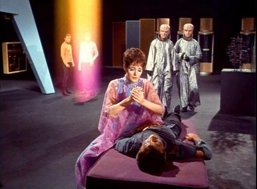 Doux Reviews: Star Trek: The Empath