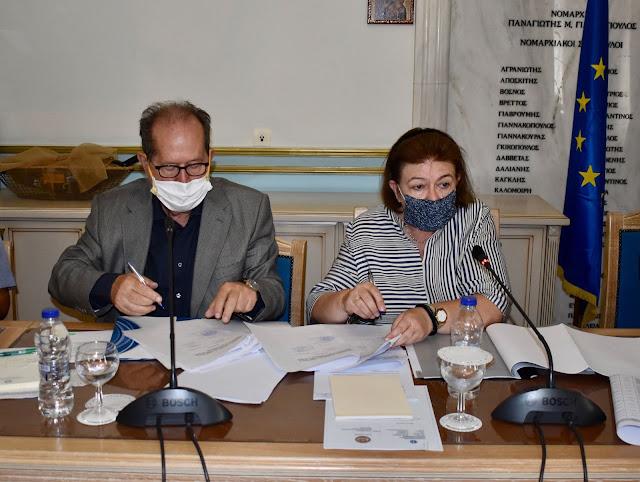 Ικανοποίηση Μενδώνη από την πορεία των έργων πολιτισμού στην Περιφέρεια Πελοποννήσου