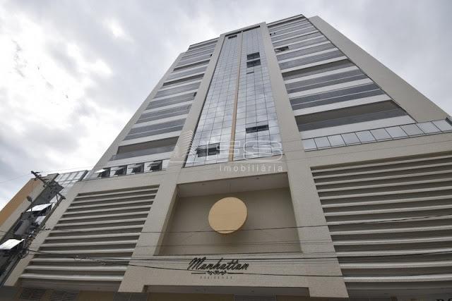 ENC: V2182 - Apartamento 3 suítes - 2 vagas de garagem - Meia Praia - Itapema/SC