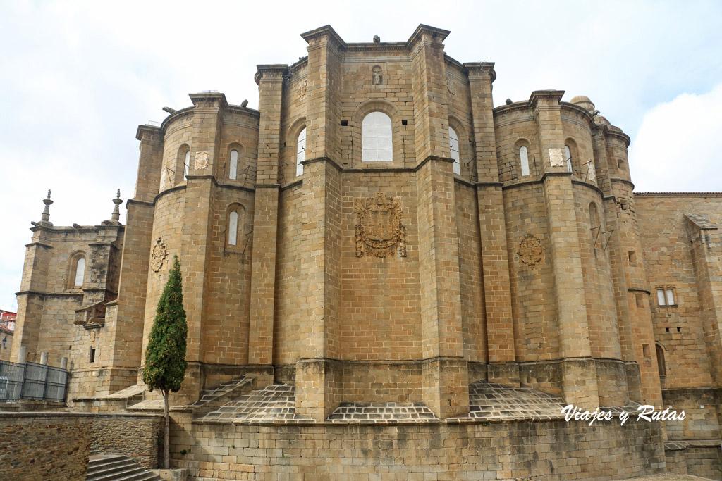 Absides de la iglesia del conventual de San Benito, Alcántara