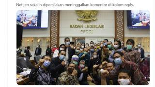 Beredar Foto Anggota DPR Tak Jaga Jarak Usai Sidang RUU Cipta Kerja di Malam Hari