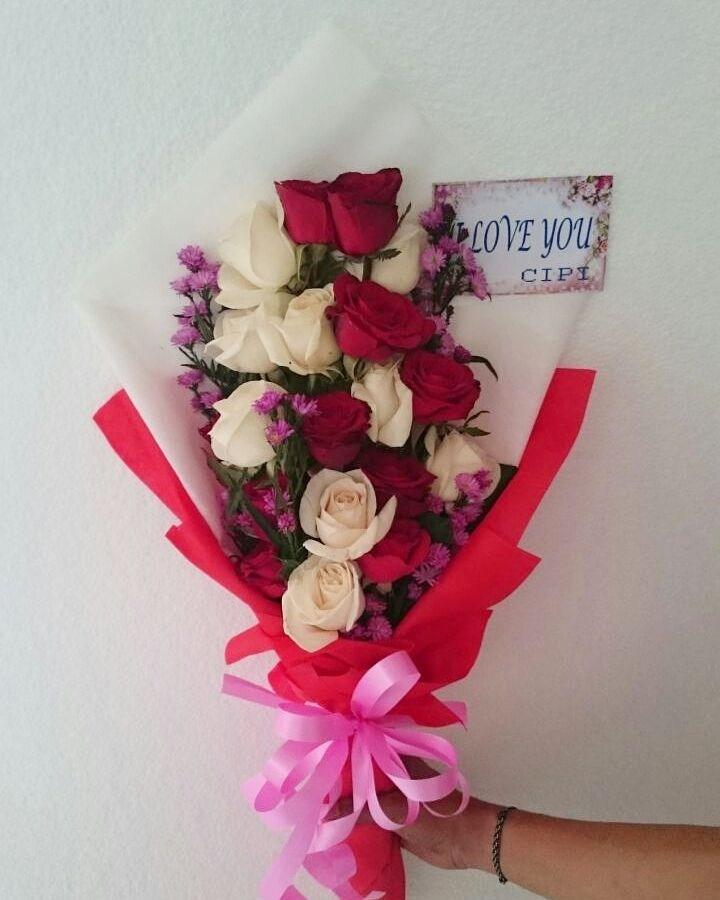 Karangan Bunga Tangan Hand Bouquet 026