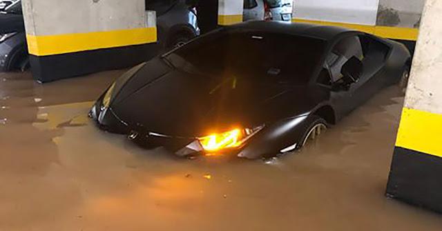 Lamborghini de R$ 1,7 milhão em garagem alagada em SP