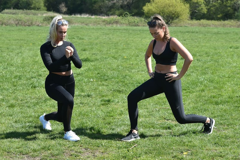 Chloe Ross, Maddy Ross Workout at a Park in Chigwell 4 May-2020