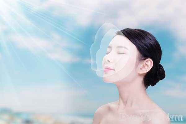 Mua kem dưỡng ẩm có thành phần chống nắng