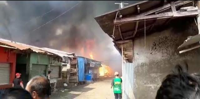 Ratusan Kios Di Pasar Ciranjang Hangus Terbakar