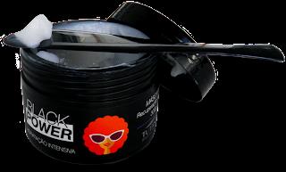 pH Máscara Black Power tutanat com azeite de oliva, plantcol e Lanolina.