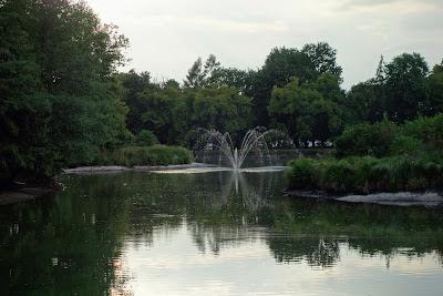 Zwierzyniec: fontanna na stawie Kościelnym