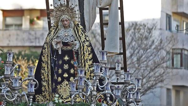 ¿Qué sucede en Jerez entre la Hermandad de Loreto y el párroco de San Pedro?