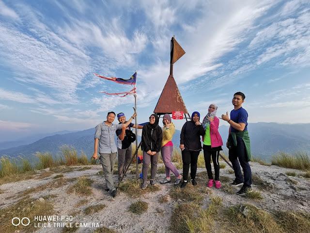 Mendaki Bukit Berekeh di Sungai Siput Perak