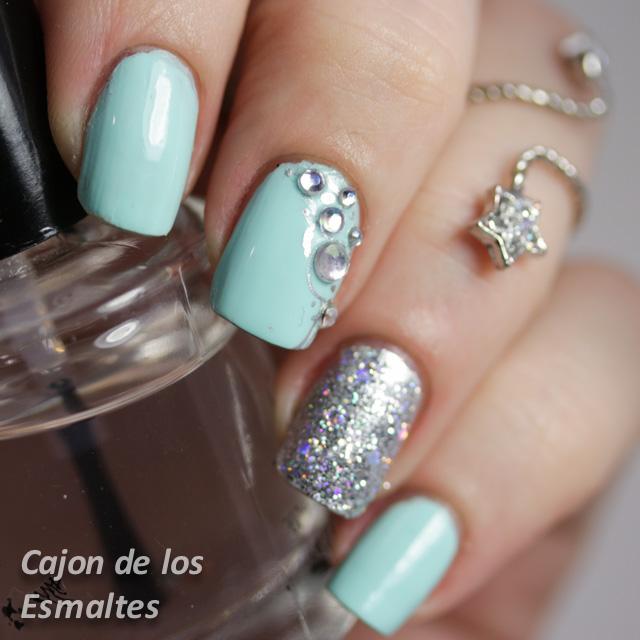 Uñas Decoradas Con Piedras Glitter Y Kiko 657 Cajon De Los Esmaltes