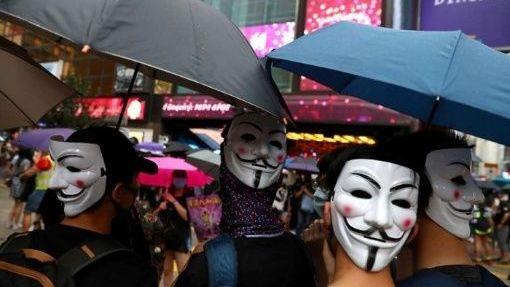 Continúan protestas en Hong Kong contra ley antimáscaras