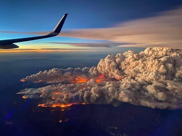 East Troublesom Fire from airplane