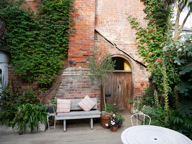 The garden courtyard at Swan House, Hastings
