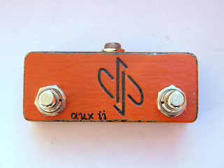 2-Way AUX Switch