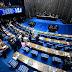 Partidos entram com ação contra Bolsonaro por ofensas a jornalista