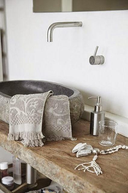 Cómo decorar un baño con estilo natural?