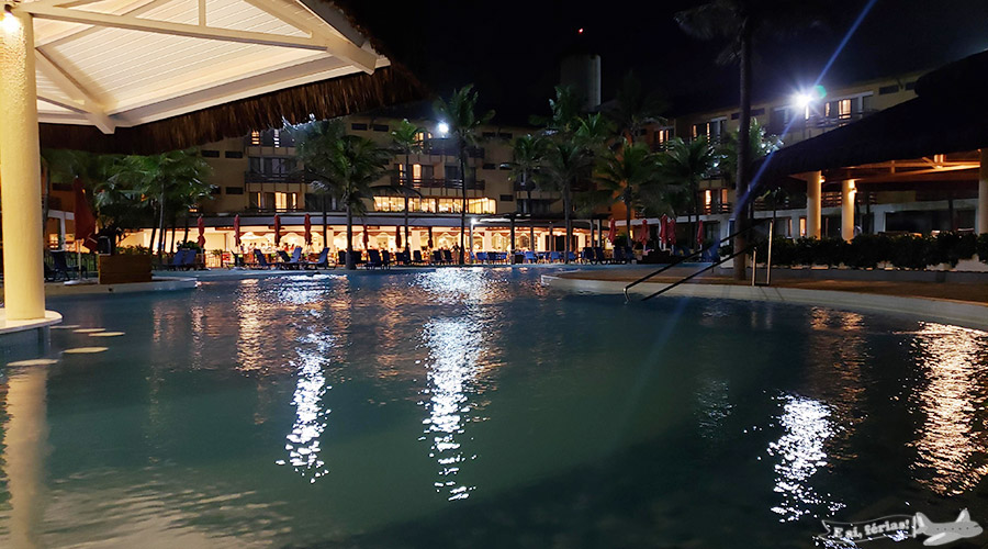 Piscina do Beach Park Suites Resort