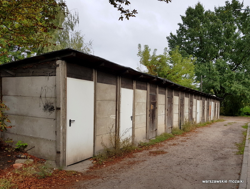 Warszawa Warsaw Targówek Fabryczny  architektura architecture zabytek stara zabudowa inna Warszawa ulice Targówka komórka