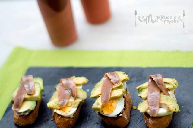 tostas-aguacate-anchoas3