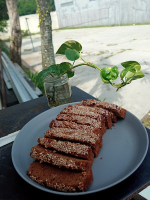 Roti GandjelRel Yang Empuk di Toasty Deli Cake & Bakery Semarang