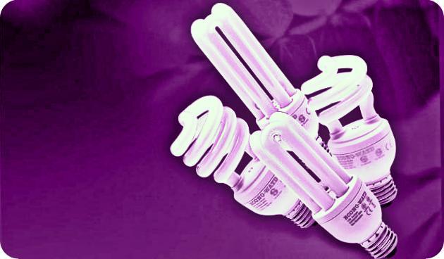 Kementerian ESDM Bagi Paket Lampu Tenaga Surya Hemat Energi (LHSTE)