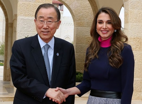United Nations Secretary General Ban Ki-Moon and World Bank President Jim Yong Kim meets with King Abdullah II and his wife Queen Rania of Jordan at the Royal Palace in Amman