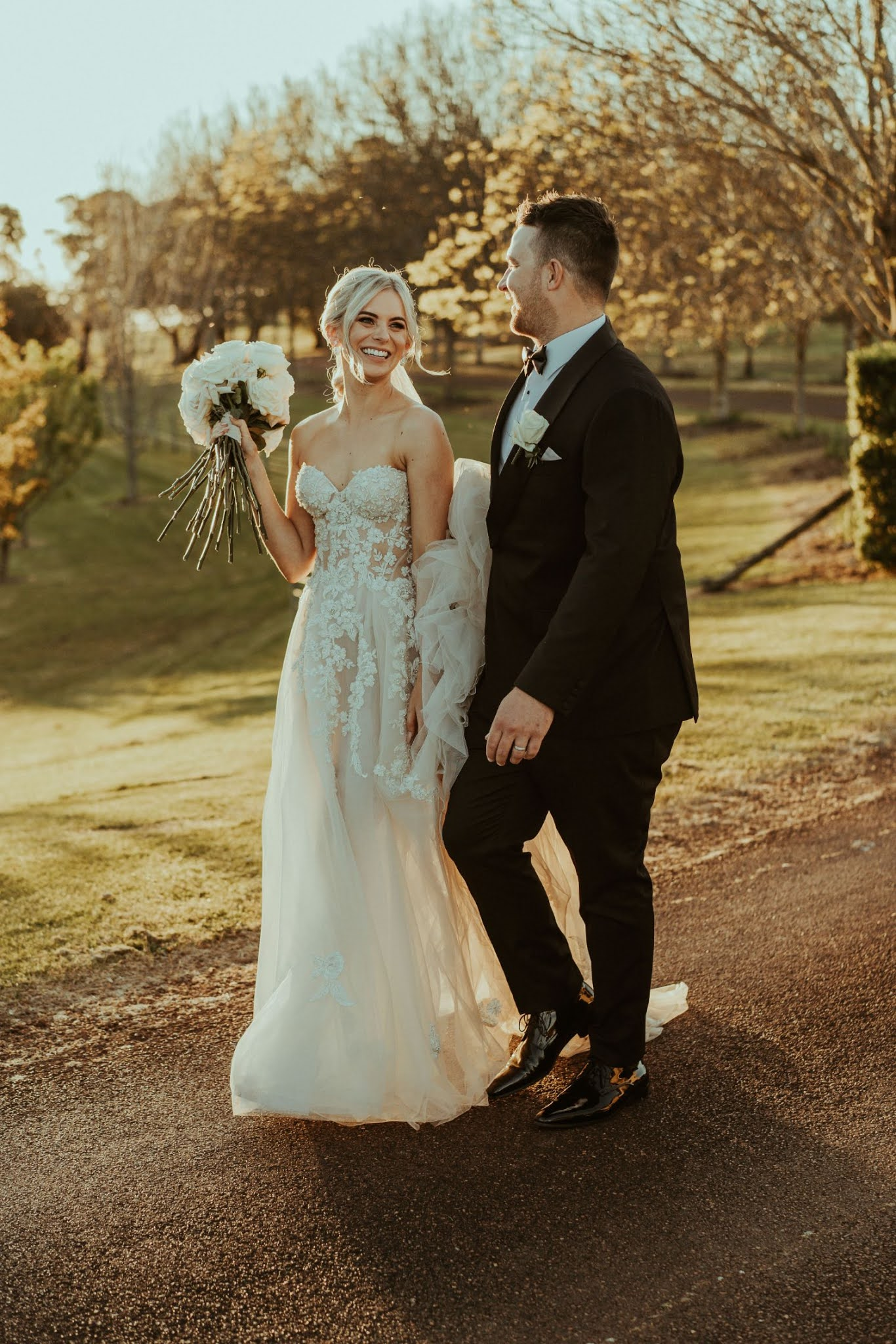 shannon stent photography stunning fraser gallop estate bridal gowns venue floral design
