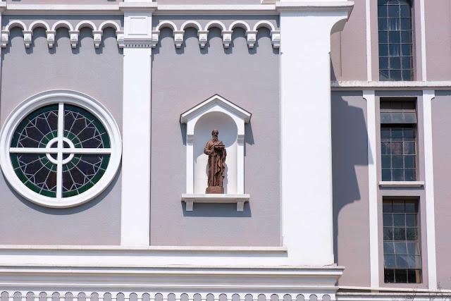 Igreja Santa Teresinha do Menino Jesus - detalhe
