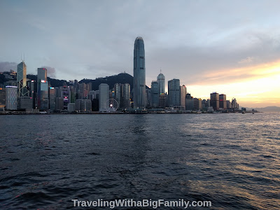 Renting an apartment for 3 nights in Hong Kong with a big family