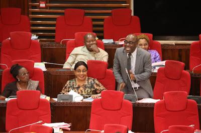 Sakata la TCRA Kusitisha Oniline Media Latua Bungeni...... Saed Kubenea Awasha Moto