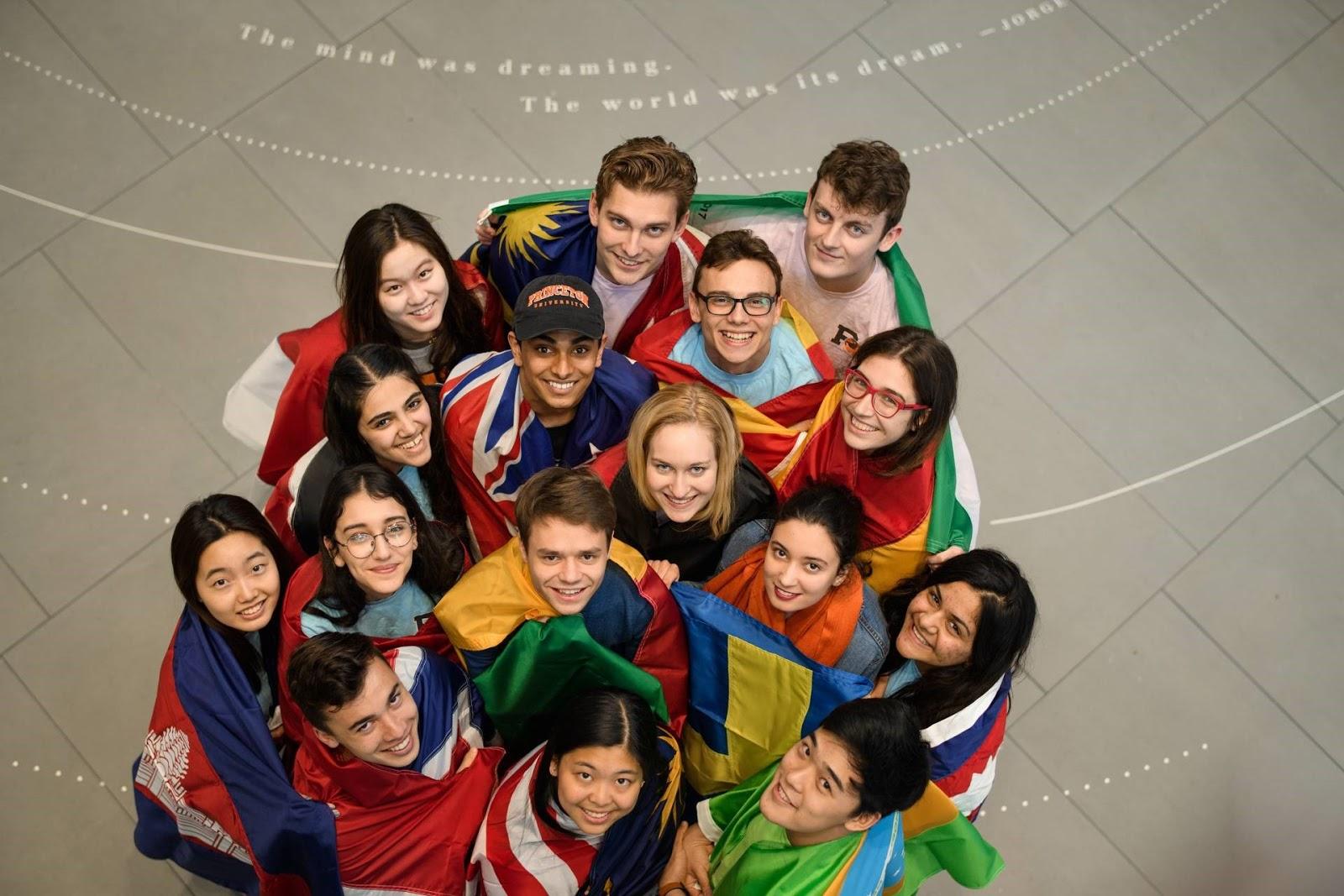 Trung tâm hỗ trợ sinh viên quốc tế
