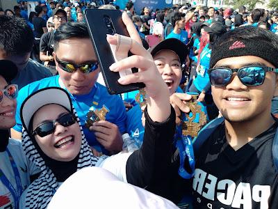 Gallery PSBR 2019 - Rebutan Foto Pak Ridwan Kamil bareng emak - emak runners :-D